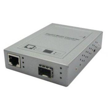 Media convertor GIGABIT 8 porturi RJ45
